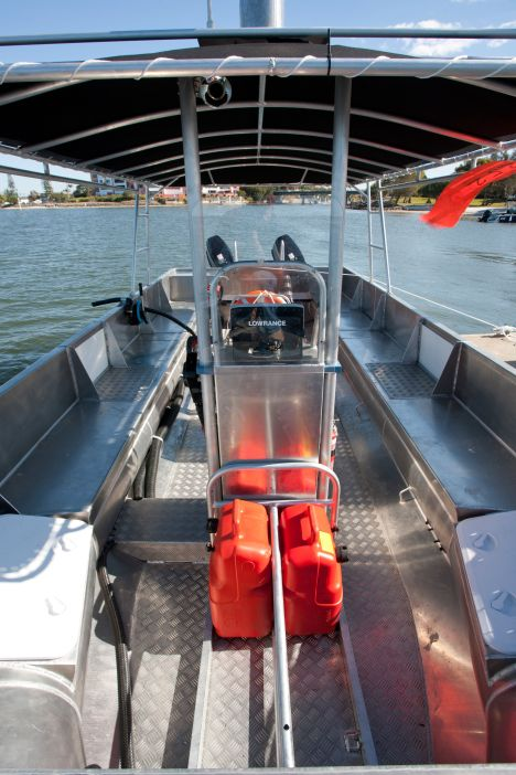 click to view OCEAN CRAFT 8200 Reef Fisher BMT package deal